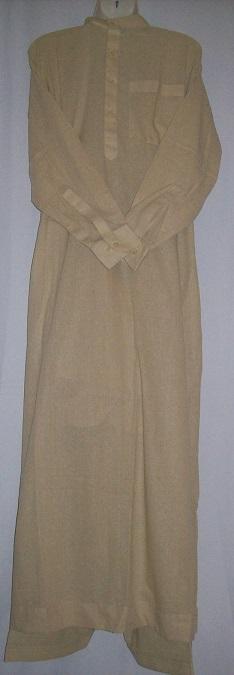 Zweiteiliger Anzug nach Emiratischer Art Größe M