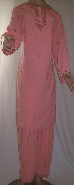 Salwar Kameez, bestickt-rosa
