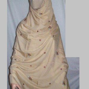 Großer Schal in hellbraun - bestickt