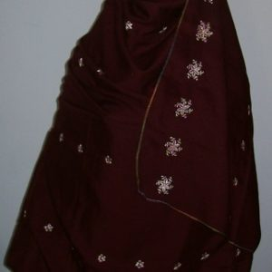 Großer Schal in bordeaux - bestickt