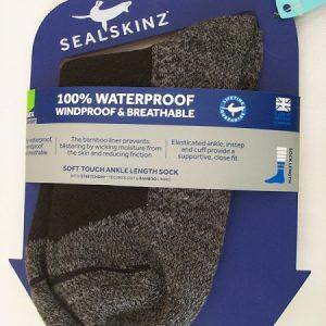 Waterproof - Wudu Socken von Firma Sealskinz -Grosse M